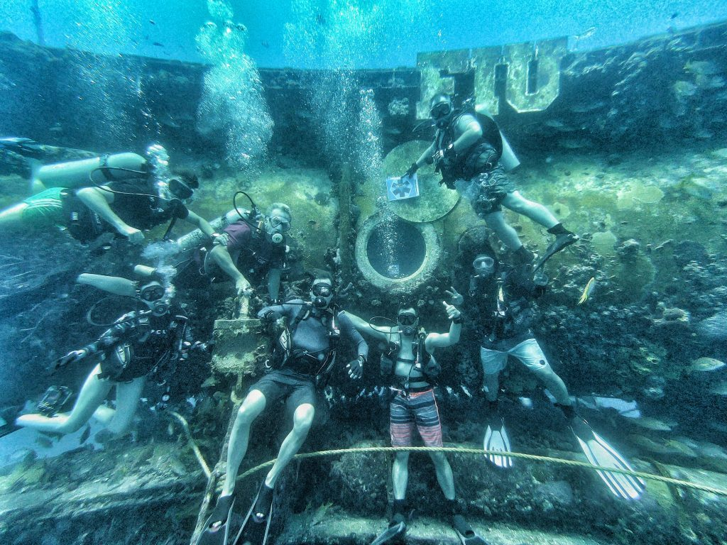 Divers at Aquarius
