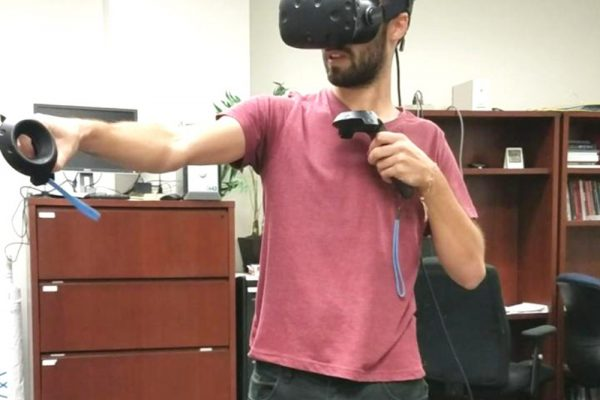 Players explore butterflies using virtual reality