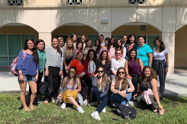 FIU welcomes international students for seminar