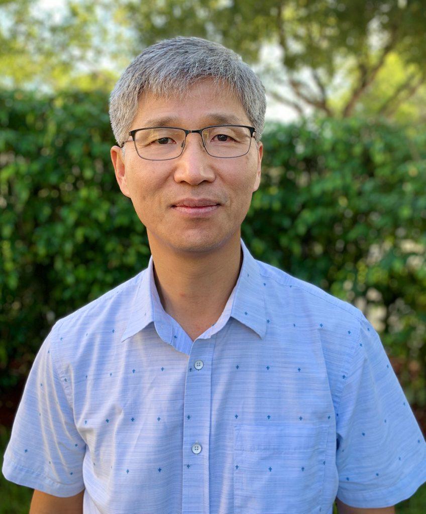 Joong Ho Moon