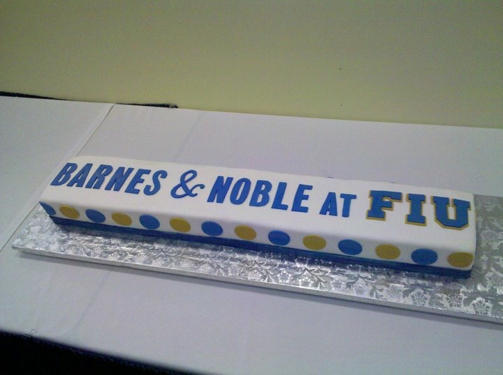 Cake decorated for barnes and noble at FIU