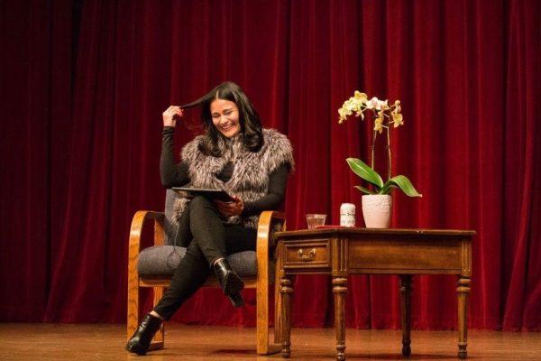 English alumna inspires future Latina rebels