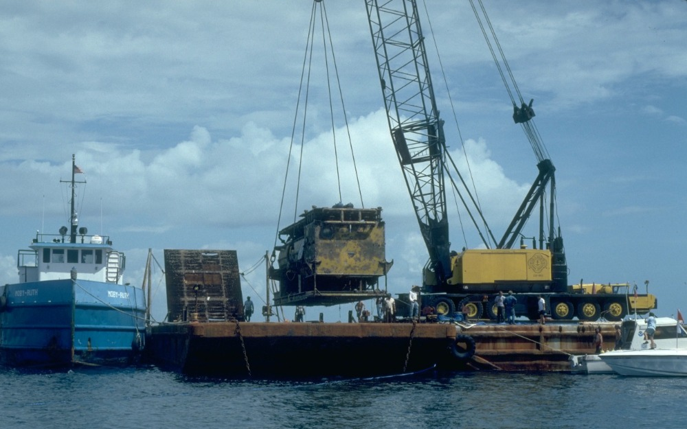 Aquarius recovery from St. Croix prior to transport to Wilmington, North Carolina.