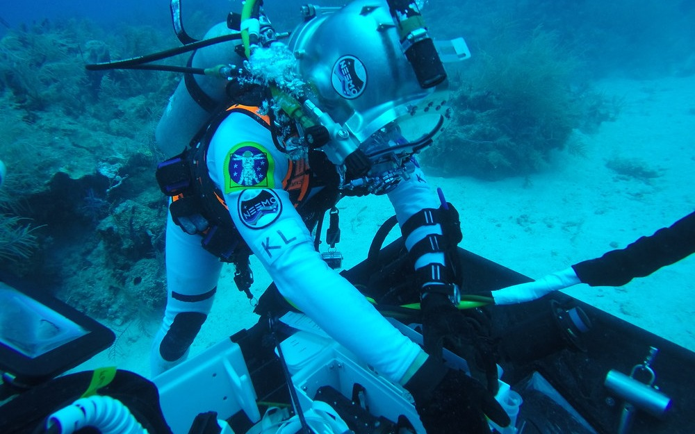 NEEMO XXII aquanauts working on the sea floor at Conch Reef