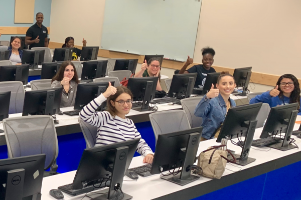 Office of Pre-Health Advising offers free mock MCATs to pre-med students