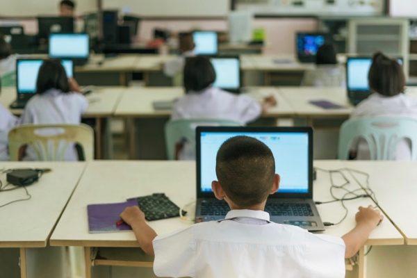 Alumna aids broadband's spread beyond K-12 classrooms