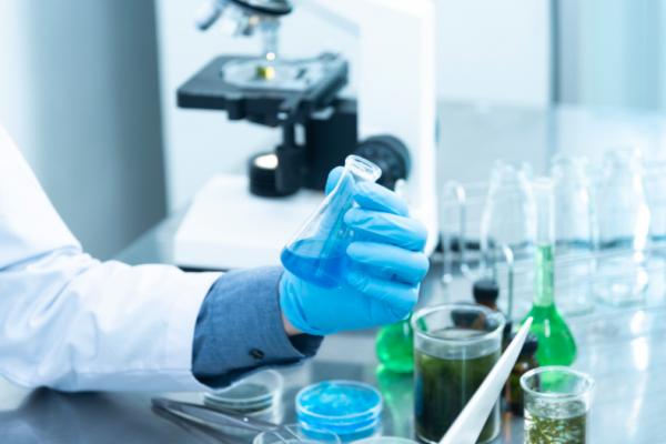 Become a laboratory analyst