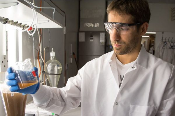 Become a Biotechnology Quality Control Analyst