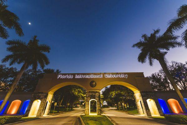 FIU leads in Hispanic, Latino or Spanish origin medical school applicants