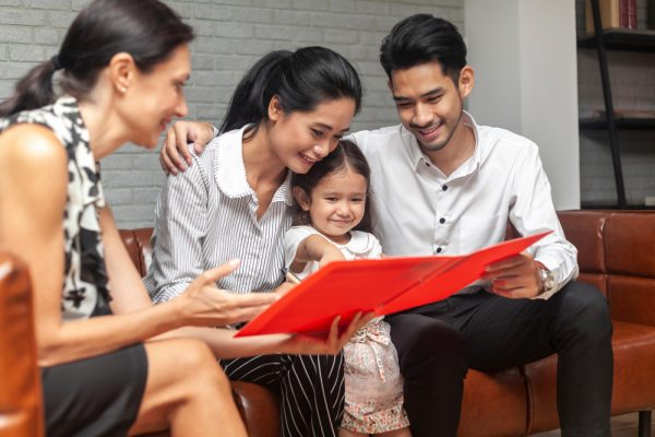 Family support counselor needed at Kids in Distress